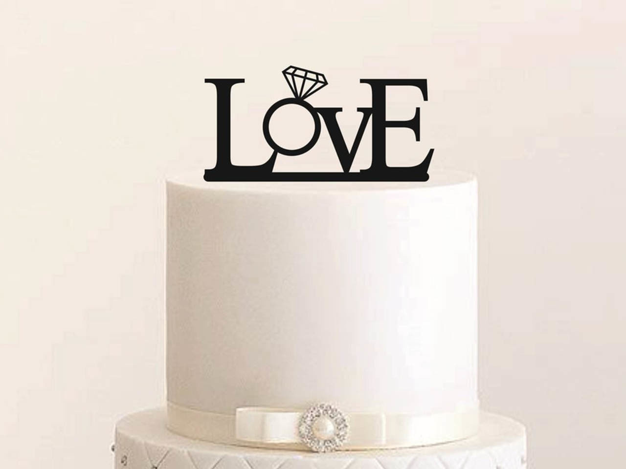 "Cake Topper ""Love Ring"""