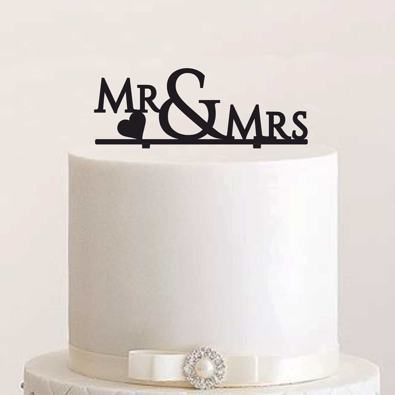 "Cake Topper ""Mr & Mrs mit Herz"""