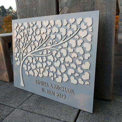 """3D Hochzeitsgästebuch """"Herzbaum"""" (Nussbaum Hellgrau) – Personalisiert"""